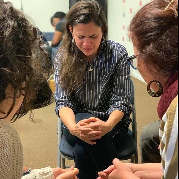 five-reasons-missionary-training-lady-praying