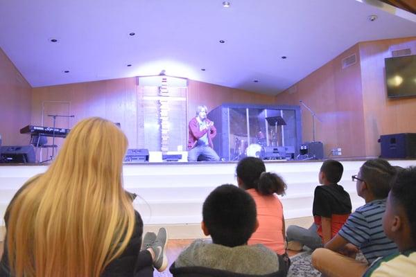 ywam-tyler-missionary-program-kids-ministry-skit