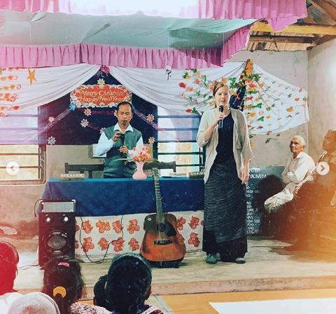 ywam-tyler-missionary-india-ryan-teaching
