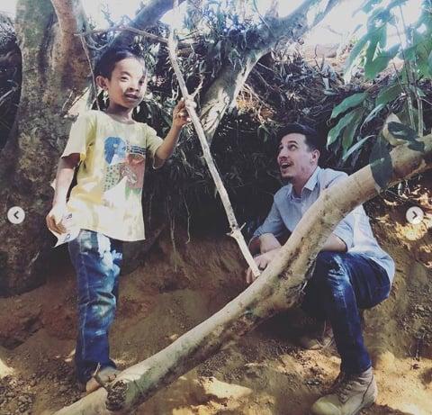 ywam-tyler-missionary-outreach-india-johnny-kid