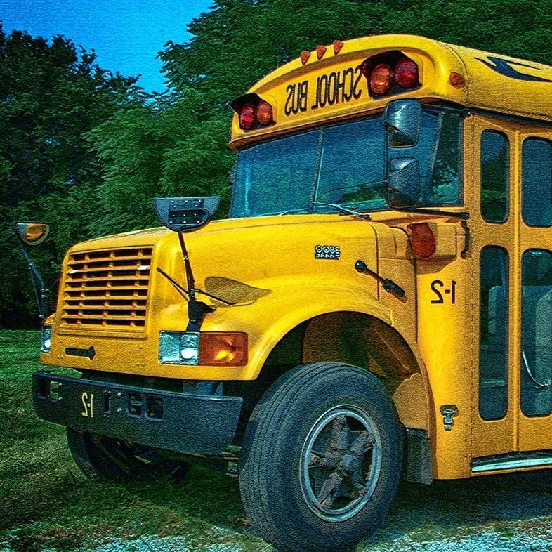 school-bus-1-910239-edited.jpg