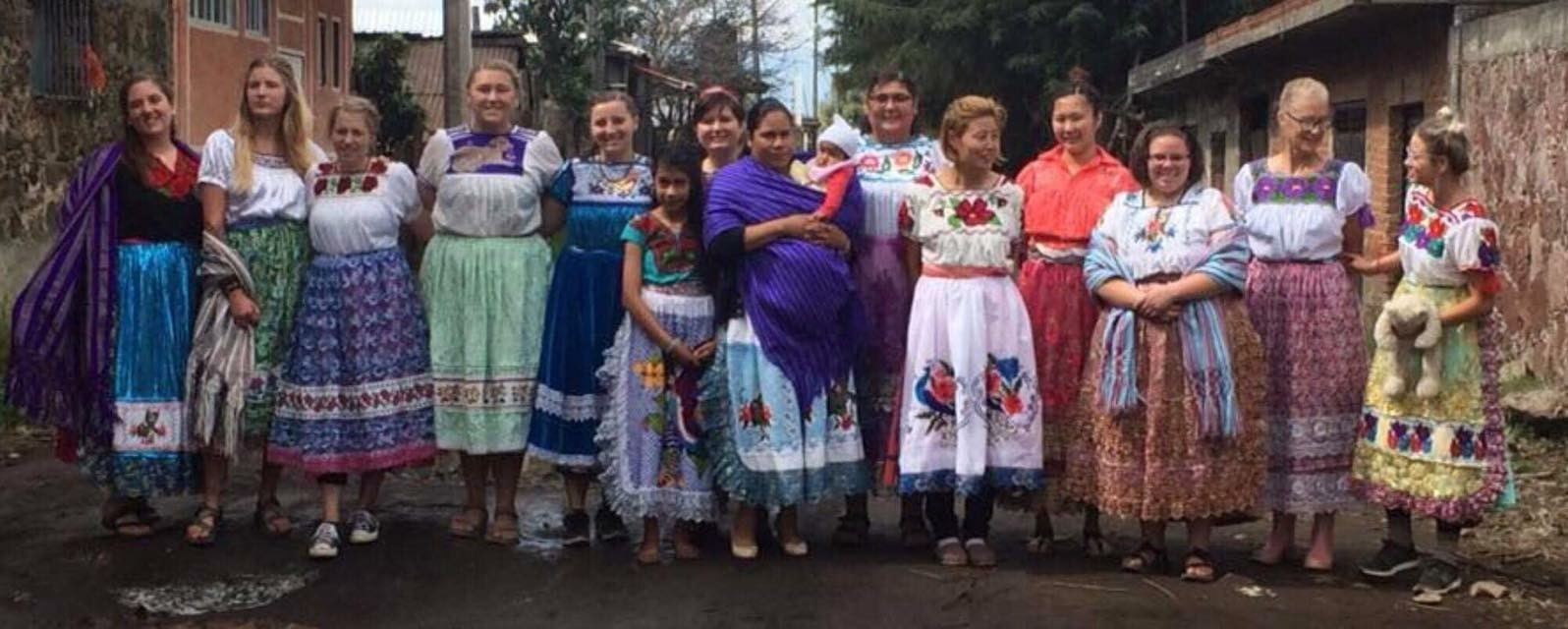 ywam-tyler-missionary-outreach-dts-girls-group-mexican-dress