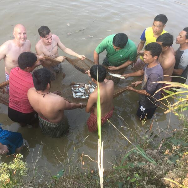 ywam-tyler-missionary-training-india-outreach-bibles