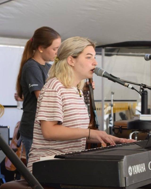 mia blog keyboard worship singing davids tent
