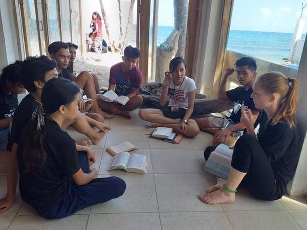 ywam-tyler-missionary-jonna-outreach-bible-study