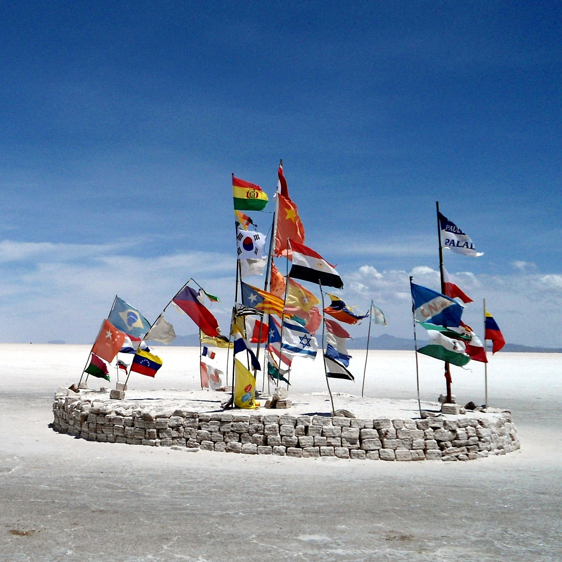 Flags-604388-edited.jpg